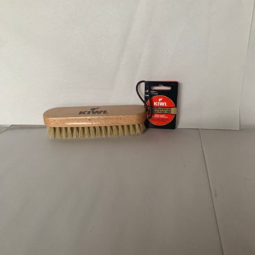6″ Kiwi Shoe Brush CODE: 110PBV
